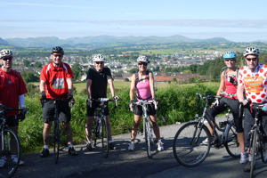 Cyclists on Wales End to End challenge
